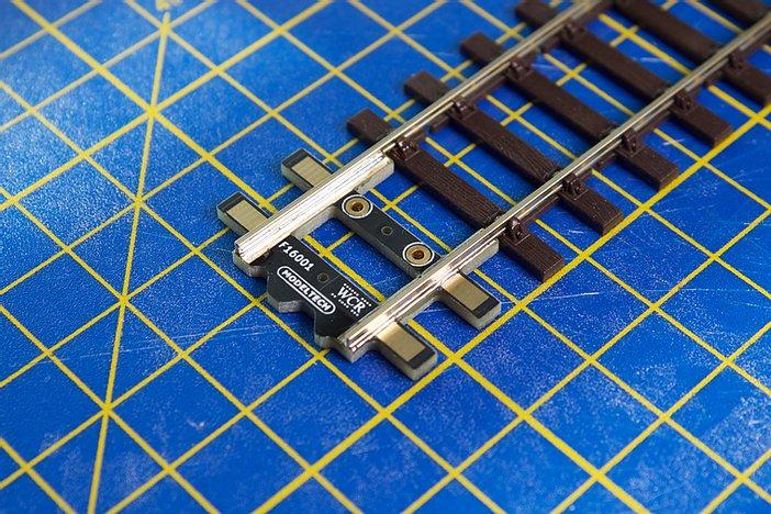 ModelTech OO Bullhead ProTrack Rail Aligner